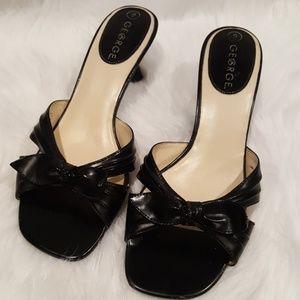 Shoes - GENTLY LOVED Kitten Heels